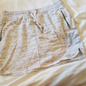 XL Greentea knit skort